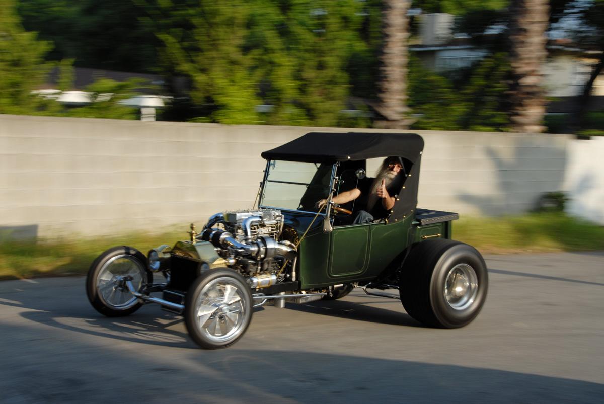 1923 Twin Turbo T Bucket Hot Rod 3