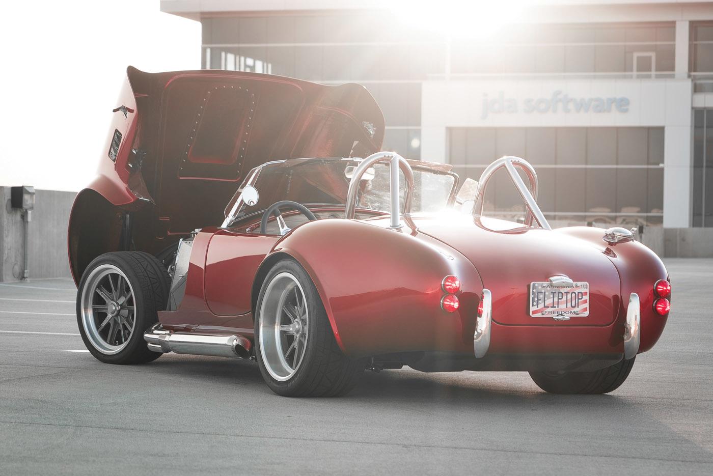 Fliptop Cobra B8