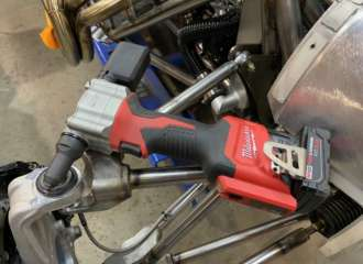 Milwaukee M12 Rivet5