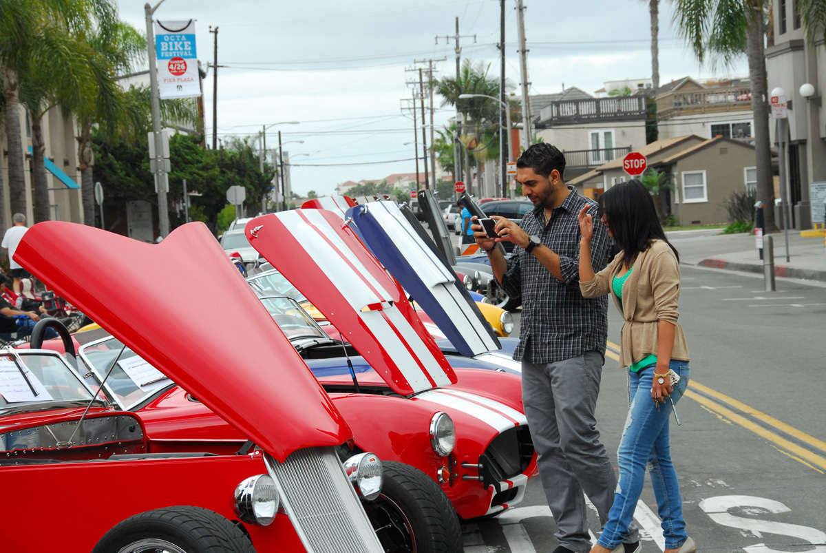 Factory Five's Cruise-In | ReinCarNation Magazine