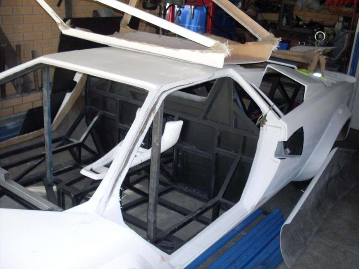 The Build Of A Lamborghini Countach Replica