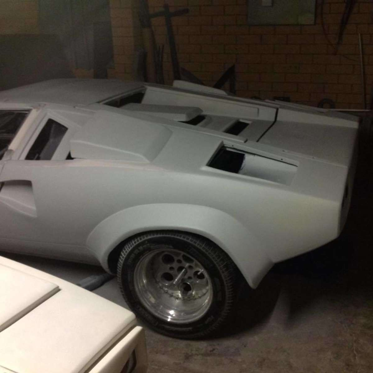 The Build Of A Lamborghini Countach Replica