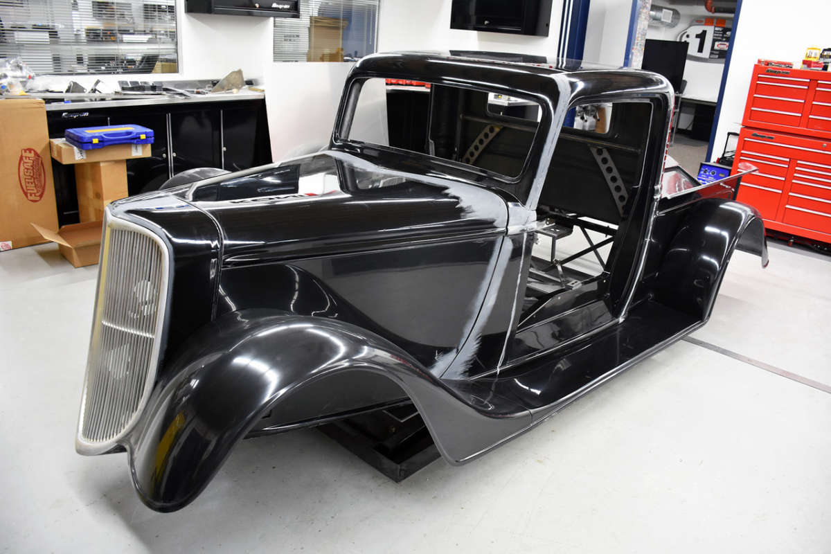 FFR adds fenders, a hood and a full cage to… | ReinCarNation Magazine