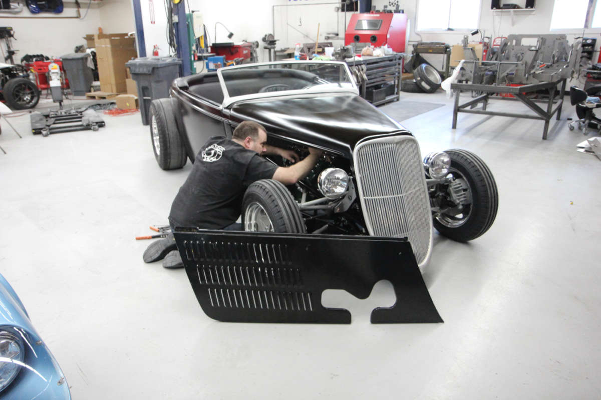 Factory Five's all-steel '33 Hot Rod | ReinCarNation Magazine