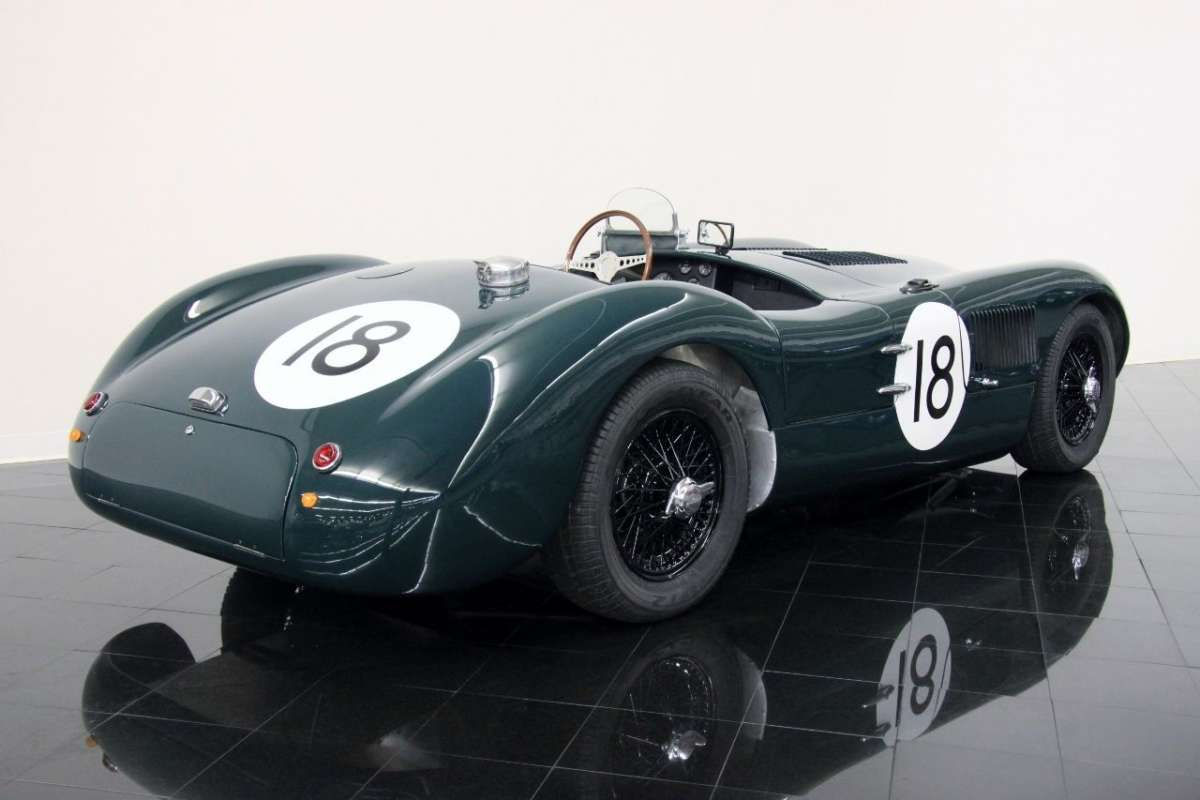 ... Jaguar 18 C Type 12 ...