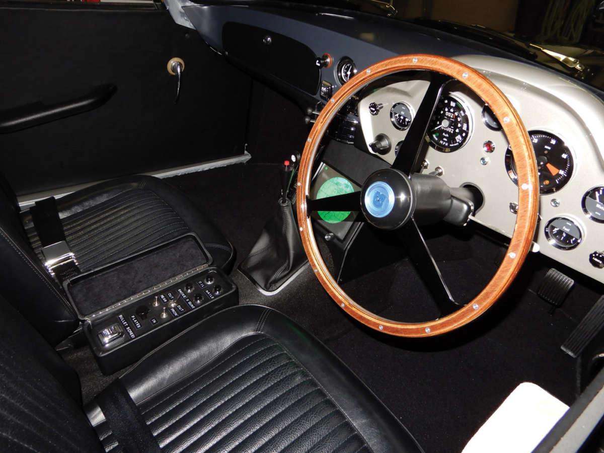 James Bond Car >> James Bond Aston Martin DB5 replica | ReinCarNation Magazine
