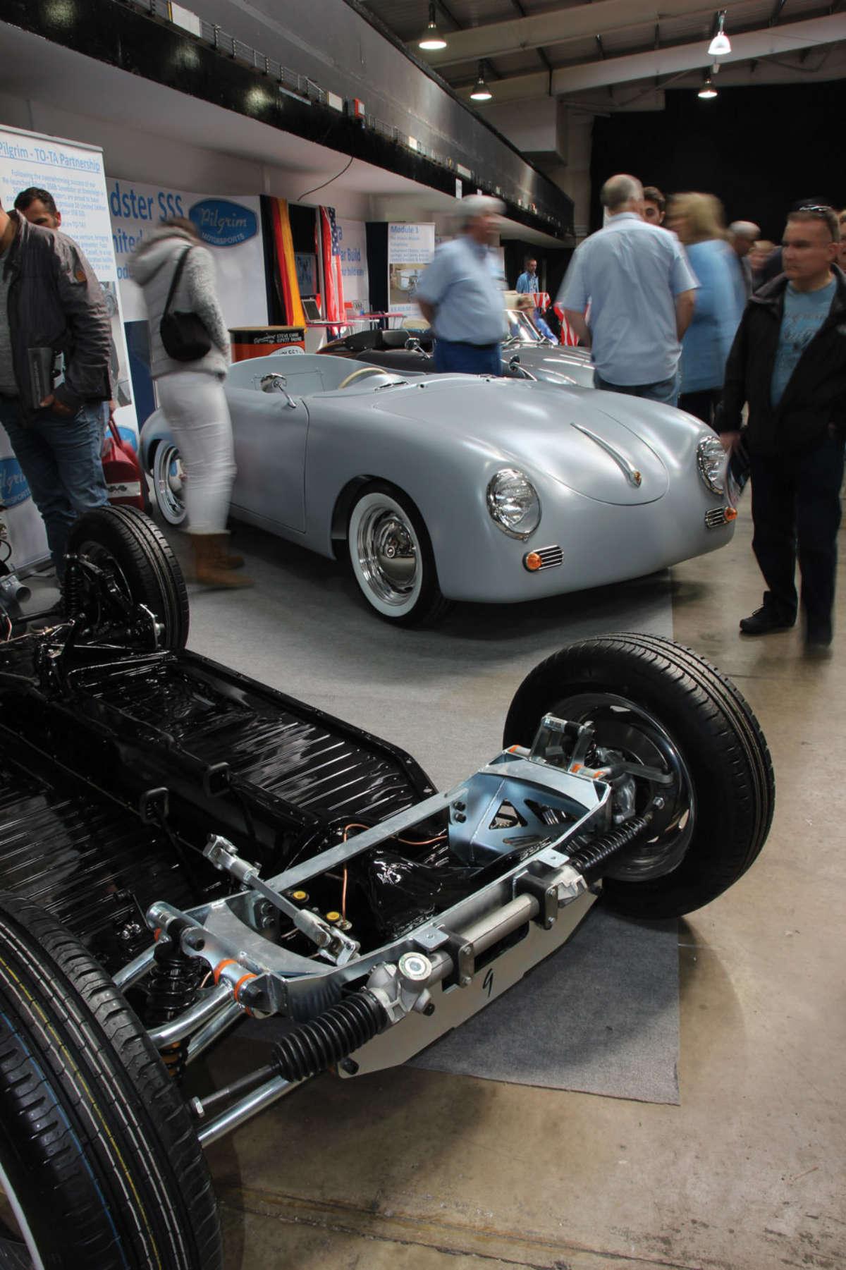 The uk 39 s largest kit car show reincarnation magazine for Garage volkswagen munster