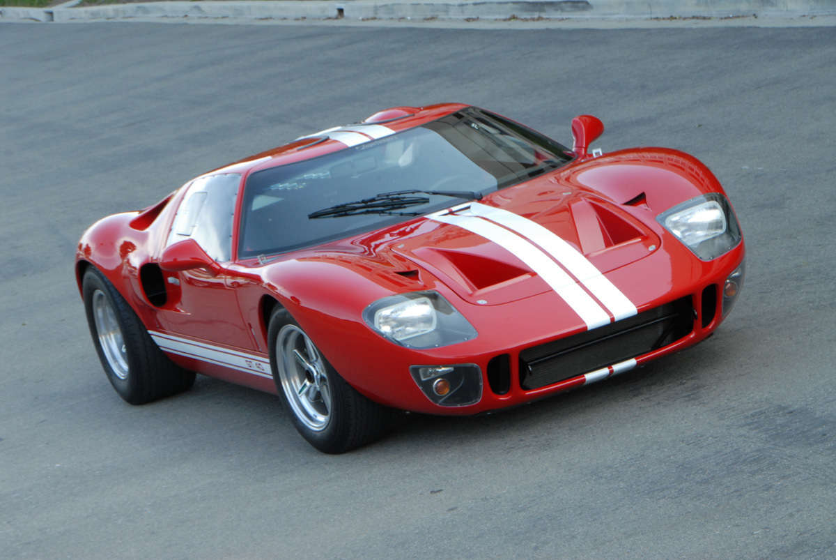 ford gt or superformance gt40 reincarnation magazine. Black Bedroom Furniture Sets. Home Design Ideas