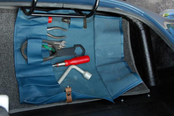 1955 Porsche 550 Spyder Build 10
