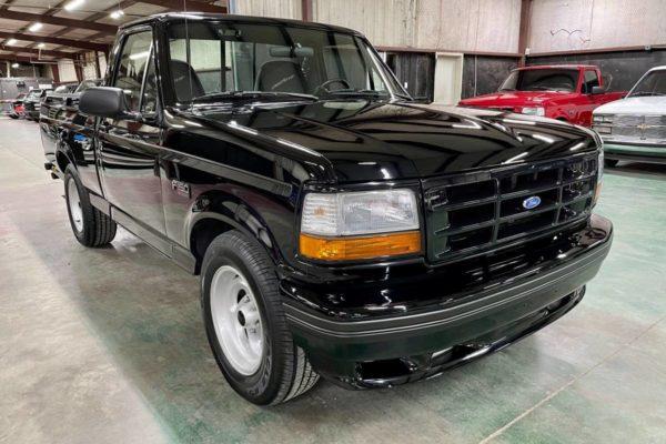 1993 Ford Lightning11