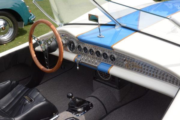 Amelia Cockpits 24