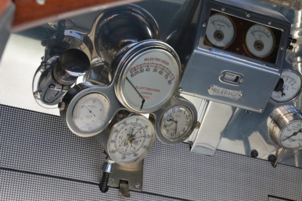 Amelia Cockpits 5