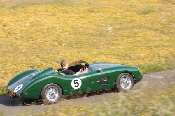 Aston Dbr1 F27