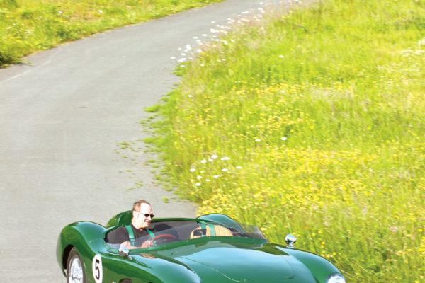 Aston Dbr1 F28