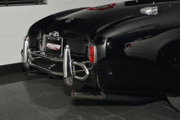 Black 427 Cobra 7