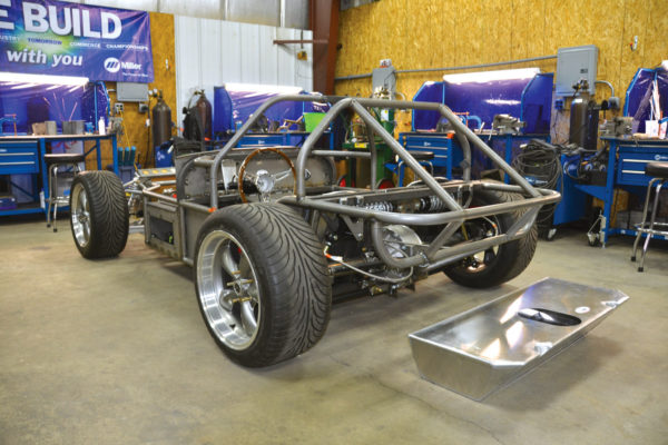 This Cheetah Evolution chassis shows the Winters independent rear end with a cantilever coilover suspension and custom aluminum fuel tank.
