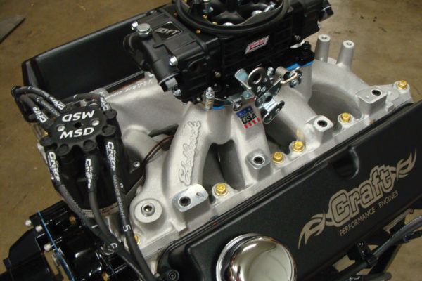 The Edelbrock Victor intake has bungs to allow for conversion later on from a 950 cfm carburetor to EFI.