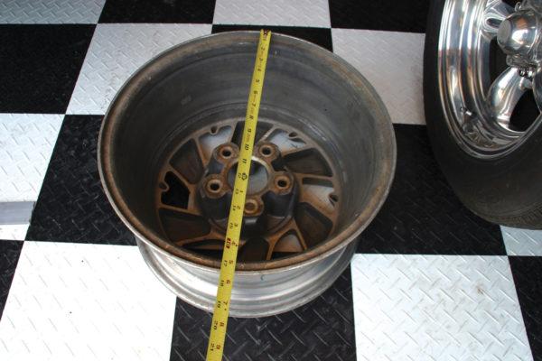 Fitting Wheels C6