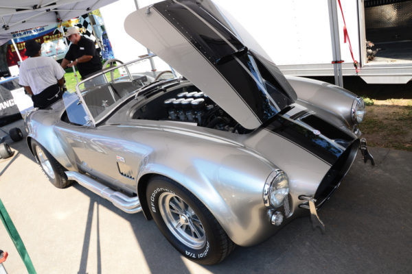 Mark Yagelo of Roush Engines fitted one of the company's 427 strokers in his Superformance Cobra replica.