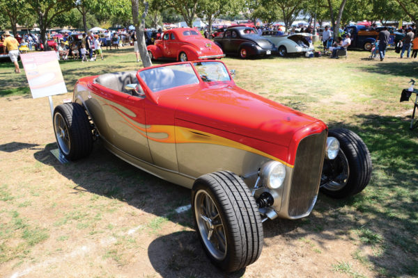 The QuadraDeuce, said to be the world's  first AWD '32 Ford roadster, is a world-famous  rod and was recently updated by Campbell  Auto Restoration.  We plan to revisit this  radical ride in the near future.