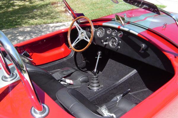 Hurricane Motorsports 427 Cobra Roadster 7