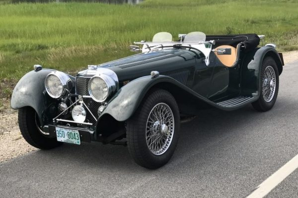 Jaguar Ss100 2