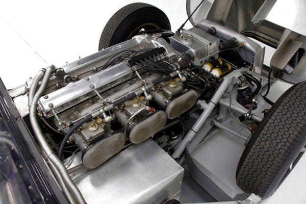 Lister Jaguar 10
