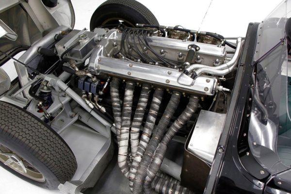 Lister Jaguar 9