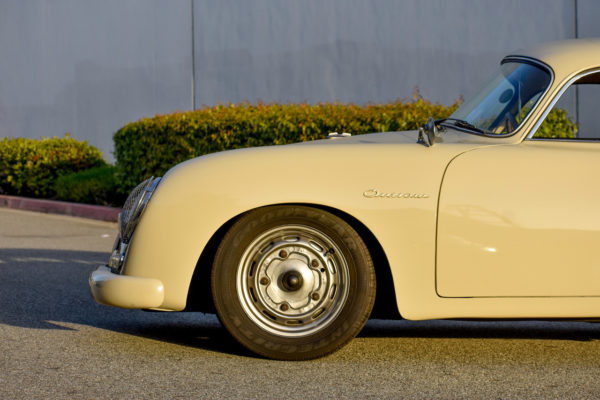 Outlaw 356 A Coupe2