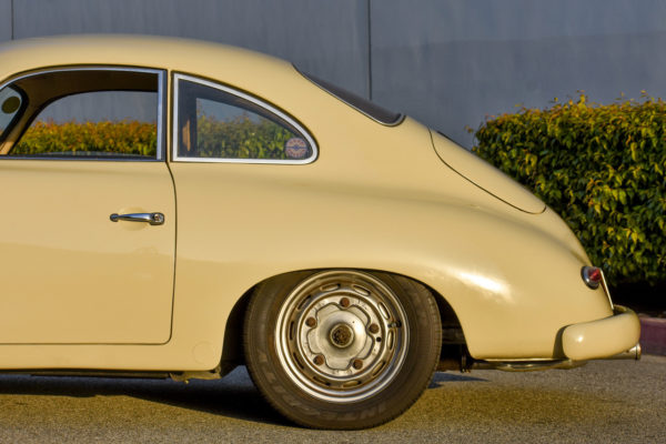 Outlaw 356 A Coupe3