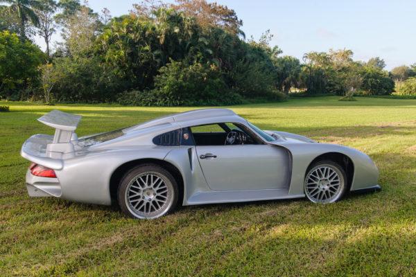 Porsche Inspiration 4