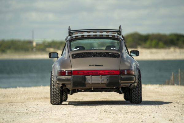 Porsche 911 Safari12