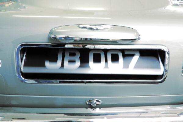 Q Car Db5 D11