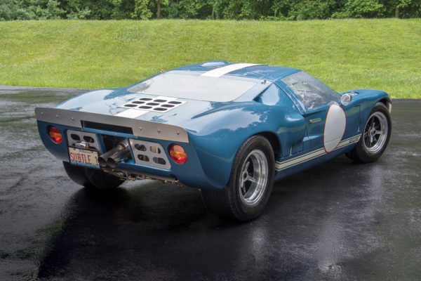 The metal plate on the rear spoiler matches those often used on the original GT40. Note the ironic license plate — this RCR40 is anything but subtle!