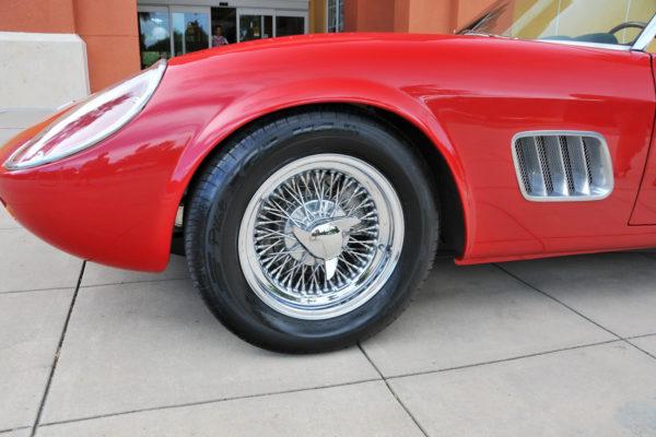 Renucci Ferrari Cal Spyder 9