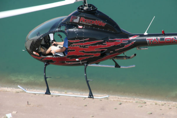 Rotor Way A600 Helicopter Kit 4