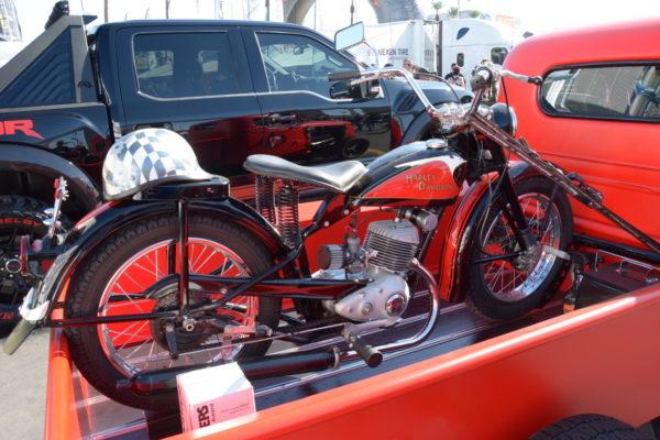 Sema 19 Bikes 1