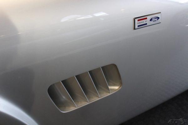 Shelby Cobra Authentic 289 00006
