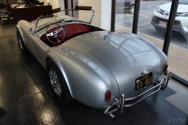 Shelby Cobra Authentic 289 00007