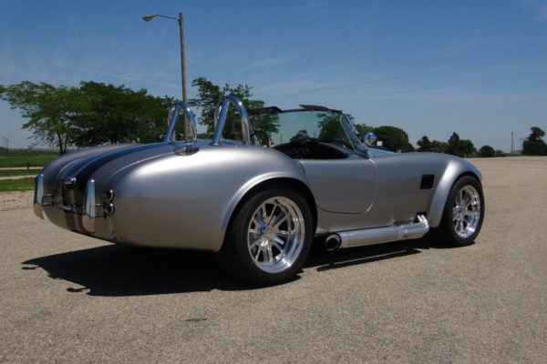 Shell Valley Shelby Cobra Replica 8