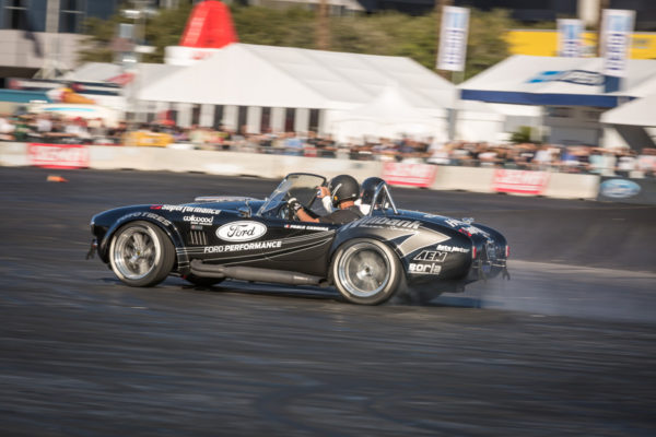 Superformance Cobra Drifting 10