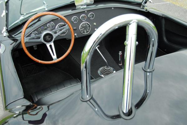 Unique Motorcars 427 Mc Henry Cobra 4