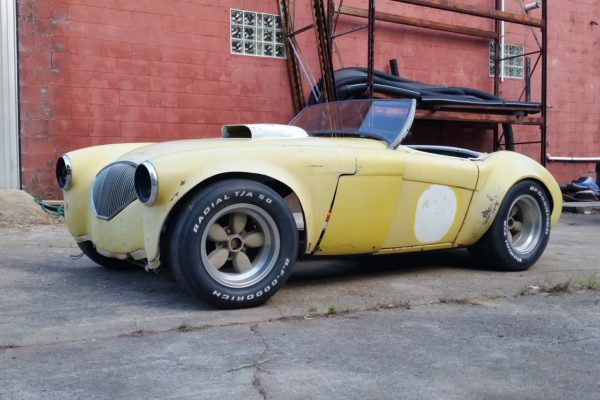 V8 Austin Healey 14