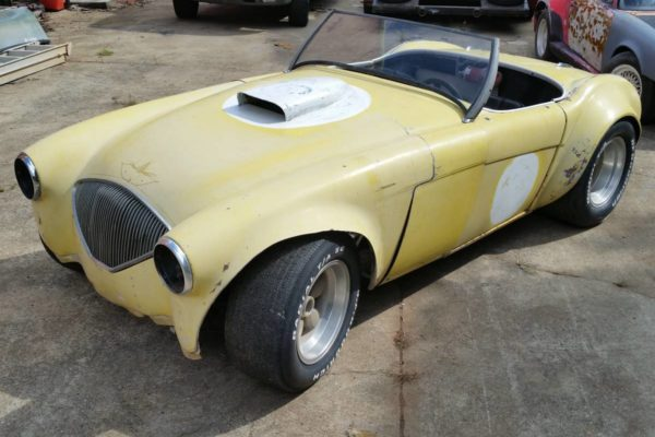 V8 Austin Healey 6