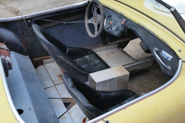 V8 Austin Healey 7