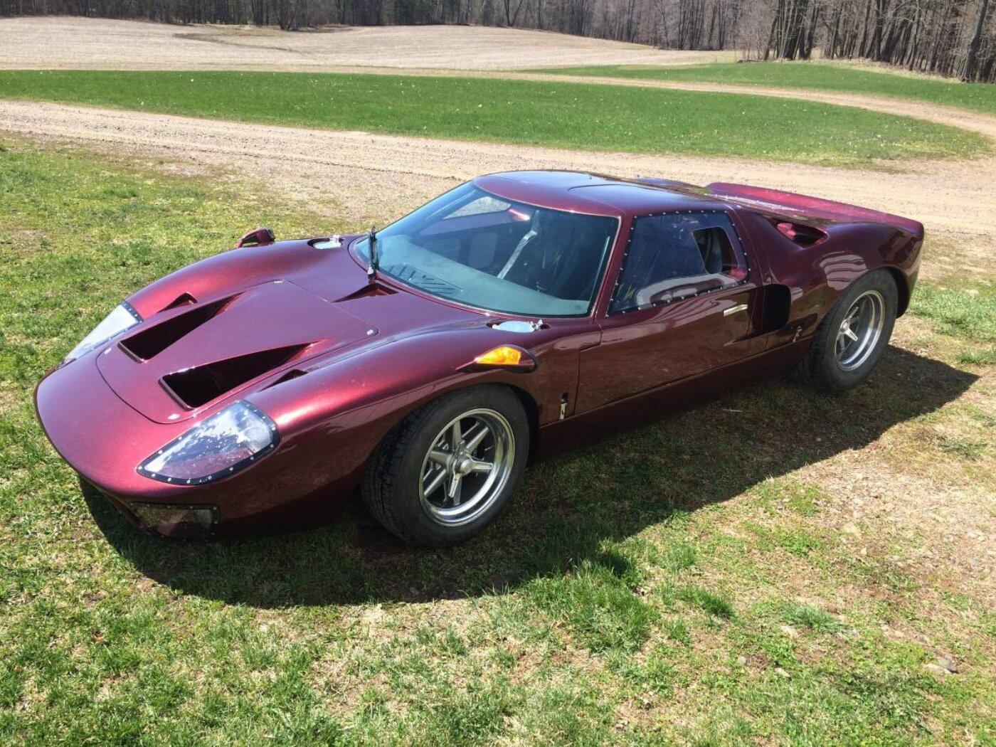 Race Car Replicas GT40 | ReinCarNation Magazine